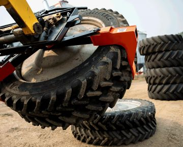tire handler for large tires